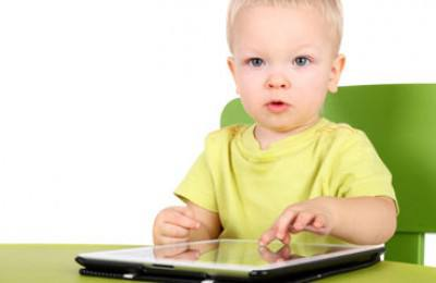 little boy, tablet